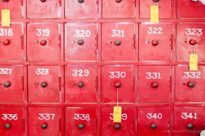AvdBrink_India2017_Bangaloreredmailboxes